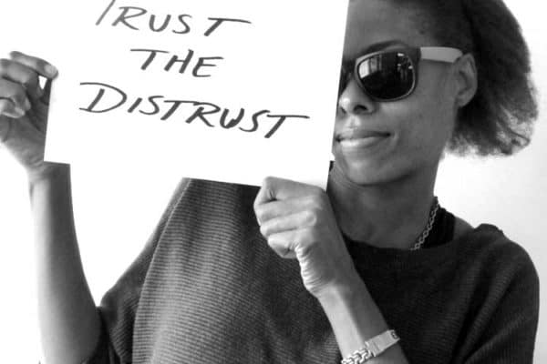 trust-the-distrust-bw